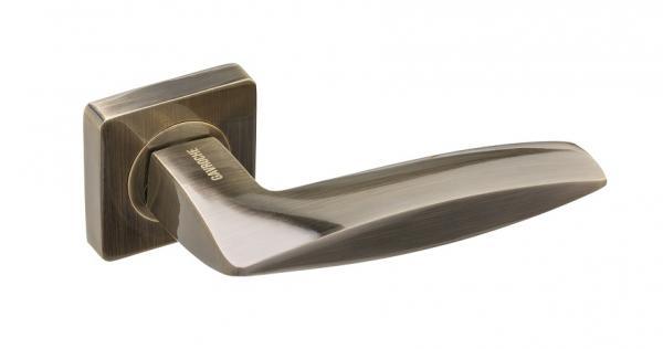 Дверная ручка с розеткой Gavroche Cobaltum Co-Z3